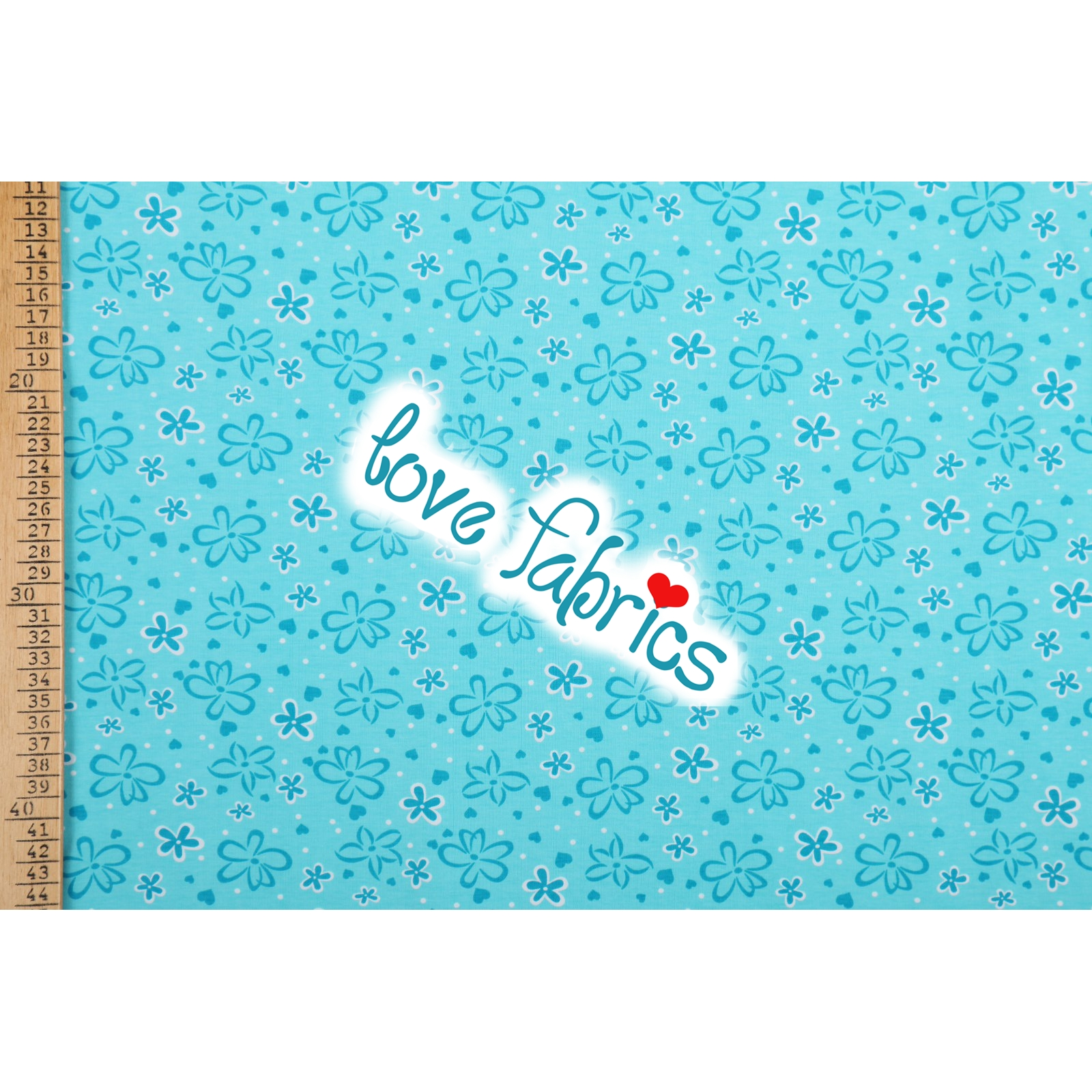 Blossoms & hearts turquoise